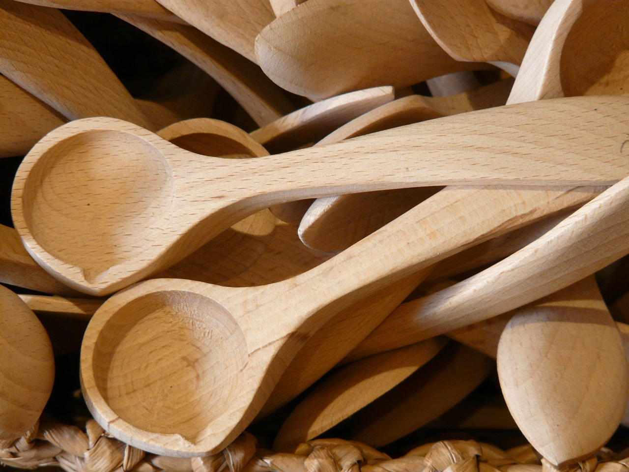 How Wooden Spoons Are Made – Ecosall